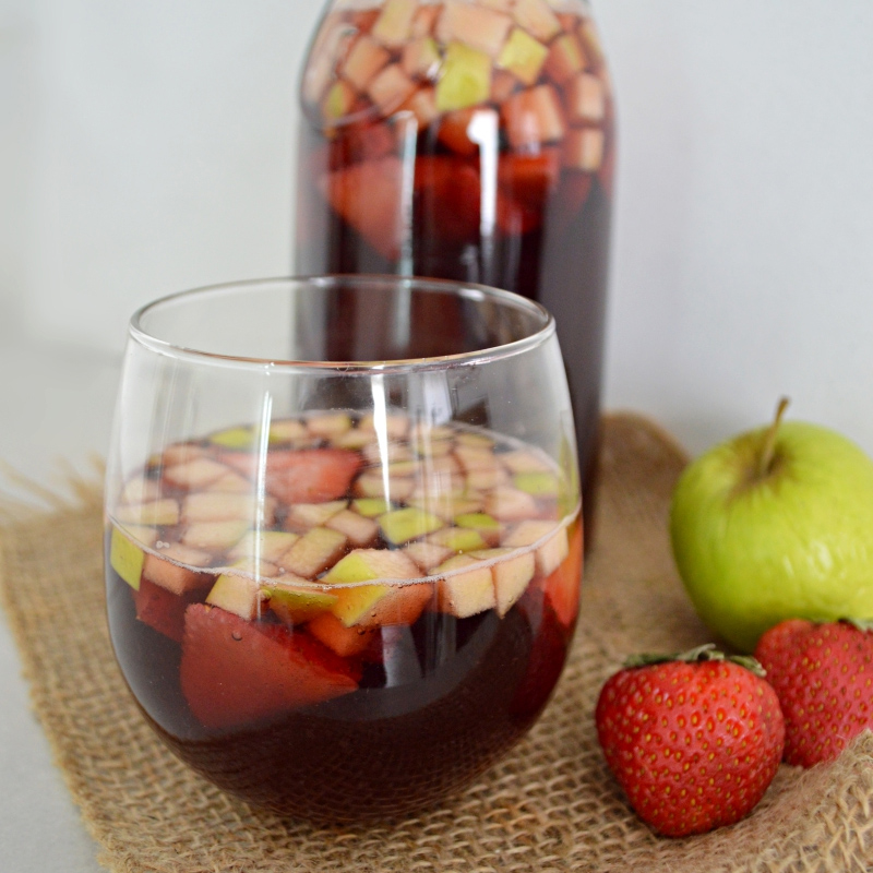 Clericot or fruity wine spritzer www.thebestmexicanrecipes.com